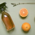 Zéro-déchet, un nettoyant multi-usages au vinaigre et à l'orange