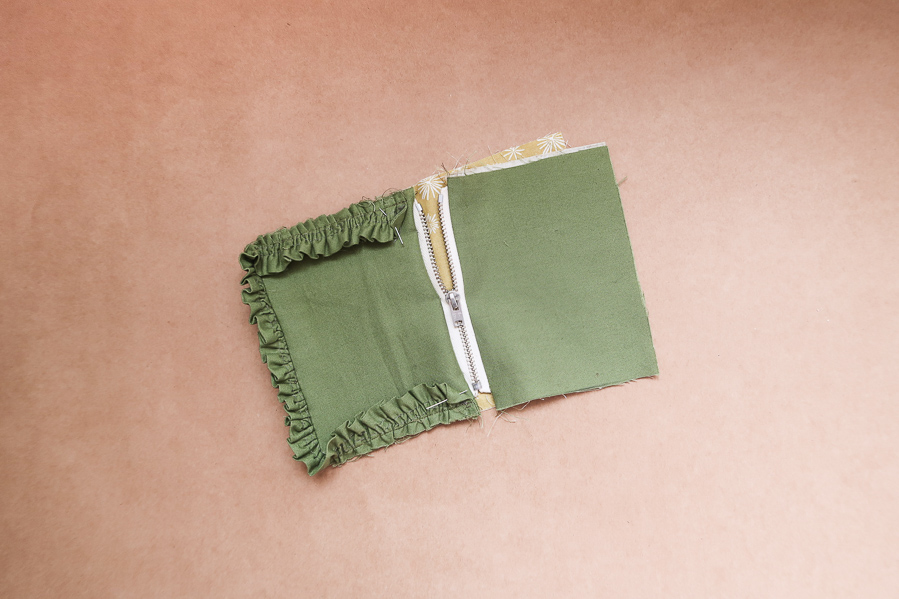 DIY-Coudre-pochette-fronces-volants-tuto-simple-facile-etape-par-etape-lea-pilea-blog-22