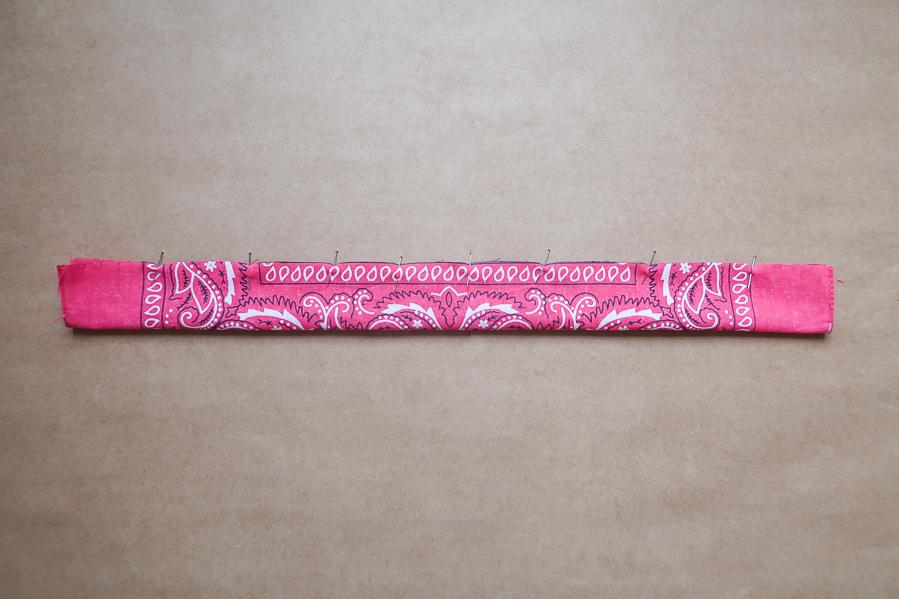 DIY-Coudre foulchie-tuto-tres-facile-avec-bandana-chouchou-foulard-sans-patron-cheveux-noeud-lea-pilea-blog-04