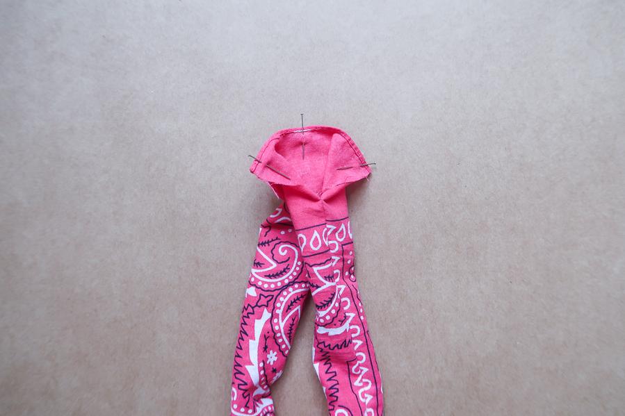 DIY-Coudre foulchie-tuto-tres-facile-avec-bandana-chouchou-foulard-sans-patron-cheveux-noeud-lea-pilea-blog-08