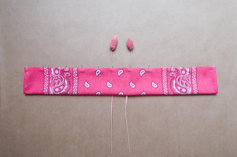 DIY-Coudre foulchie-tuto-tres-facile-avec-bandana-chouchou-foulard-sans-patron-cheveux-noeud-lea-pilea-blog-16