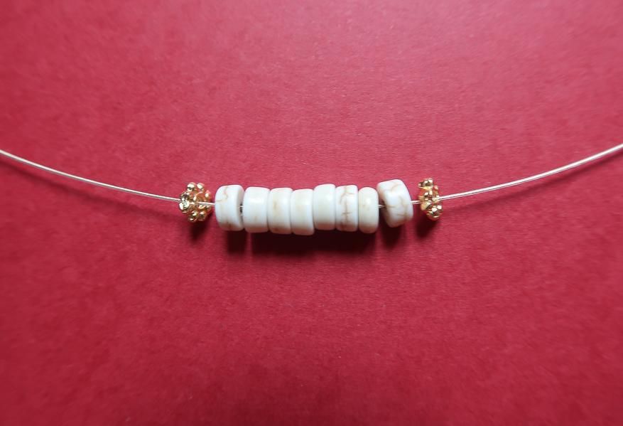 DIY-tutoriel-fabriquer-collier-josh-esprit-sezane-tuto-facile-perles-heishi-surfeur-leapilea-blog-04