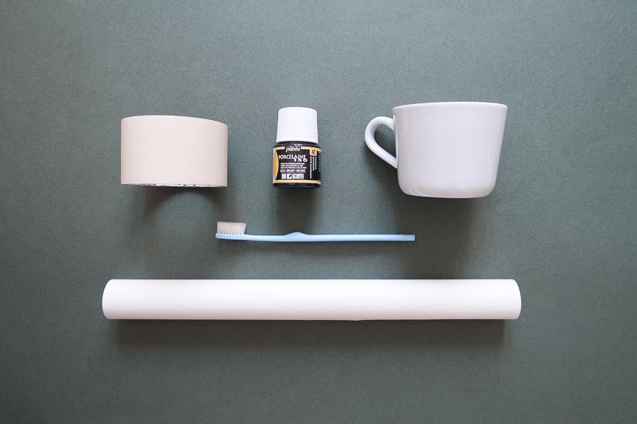 DIY-tutoriel-donner-effet-mouchete-vaiselle-ceramique-porcelaine-peindre-tasse-carafe-vase-assiette-bol-mug-tuto-simple-facile-pebeo-leapilea-blog-01