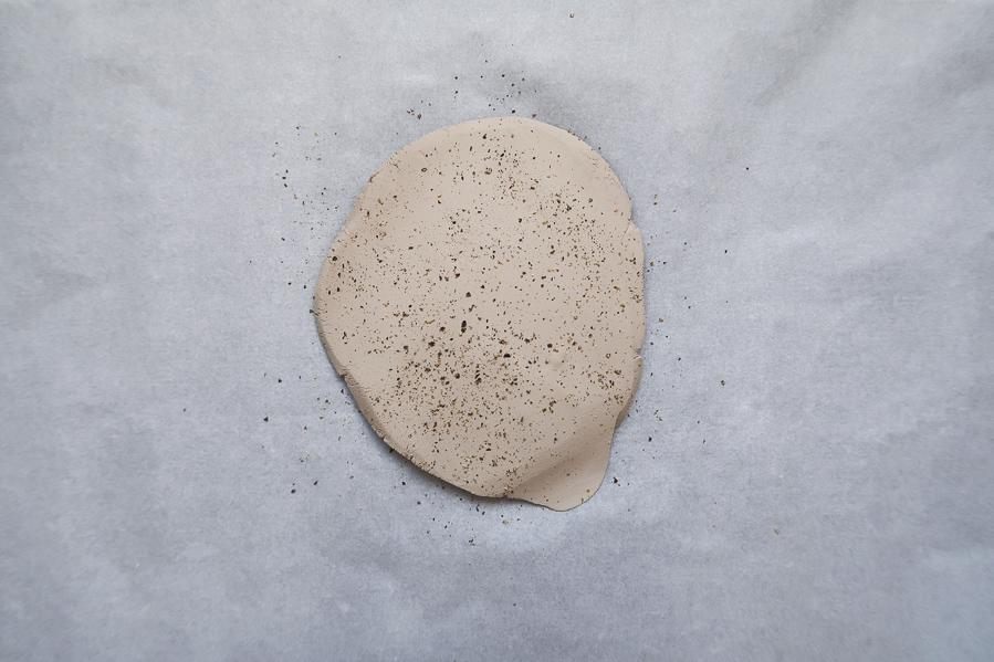 DIY-tutoriel-fabriquer-ceramique-poterie-mouchete-assiette-bijoux-bol-minimaliste-tuto-simple-facile-debutant-sans-four-cuisson-facile-leapilea-blog-04