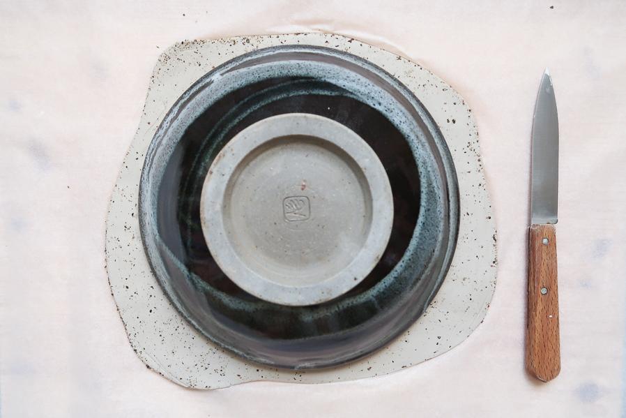 DIY-tutoriel-fabriquer-ceramique-poterie-mouchete-assiette-bijoux-bol-minimaliste-tuto-simple-facile-debutant-sans-four-cuisson-facile-leapilea-blog-06