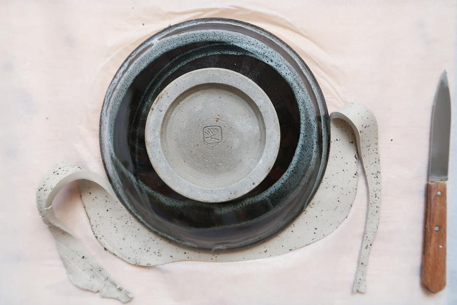 DIY-tutoriel-fabriquer-ceramique-poterie-mouchete-assiette-bijoux-bol-minimaliste-tuto-simple-facile-debutant-sans-four-cuisson-facile-leapilea-blog-07